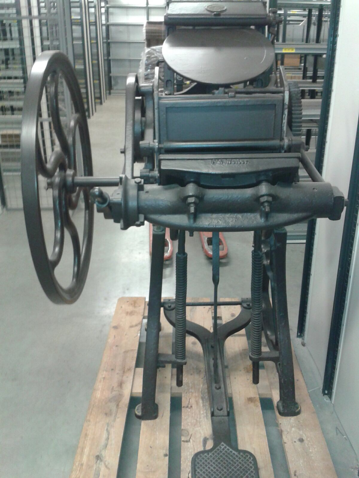 Antieke drukpersen te geef!